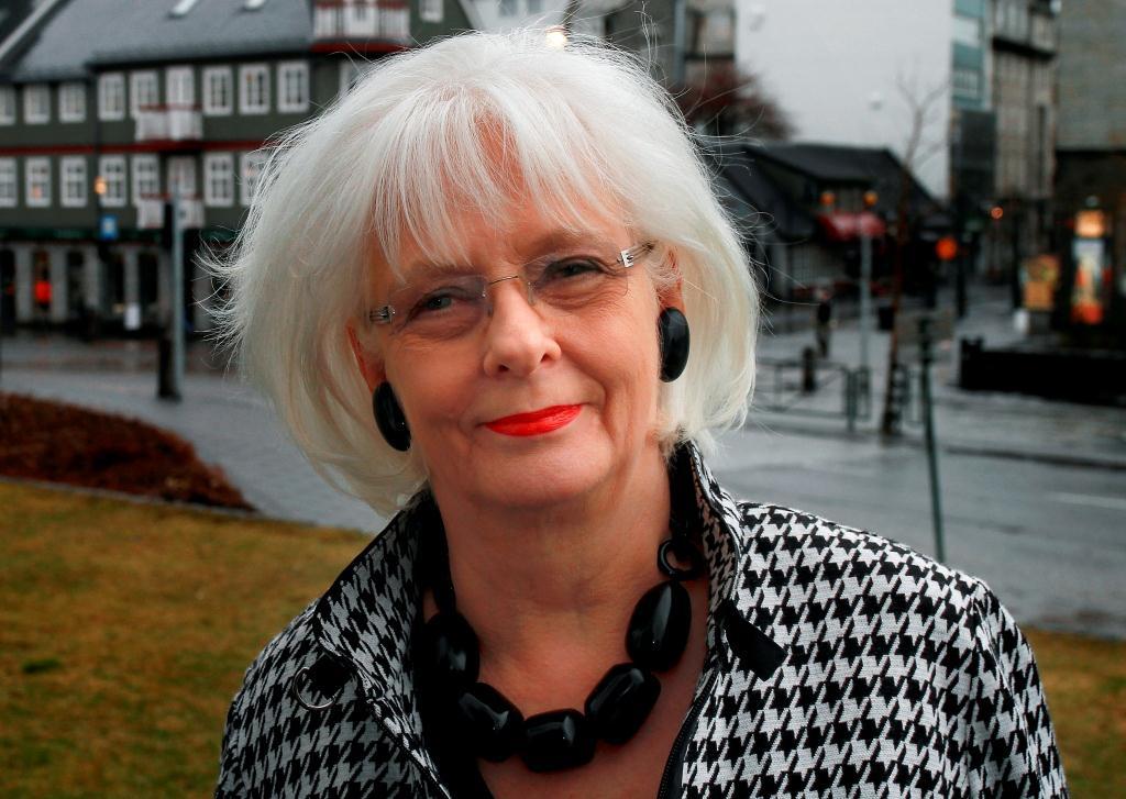 Jóhanna Sigurðardóttir: Löneklyftan viktigaste jämställdhetsfrågan nu