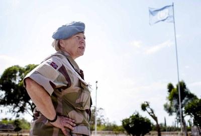 Kristin Lund, UNFICYP vid flagga
