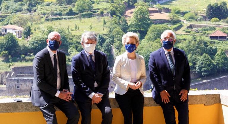 Foto: EUFrom left to right: Charles MICHEL (President, EUROPEAN COUNCIL), David SASSOLI (President, EUROPEAN PARLIAMENT), António COSTA (Prime Minister of Portugal), Ursula VON DER LEYEN (President, EUROPEAN COMMISSION)