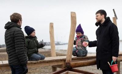 Dansk modstand mod EU-regler om barsel til mænd