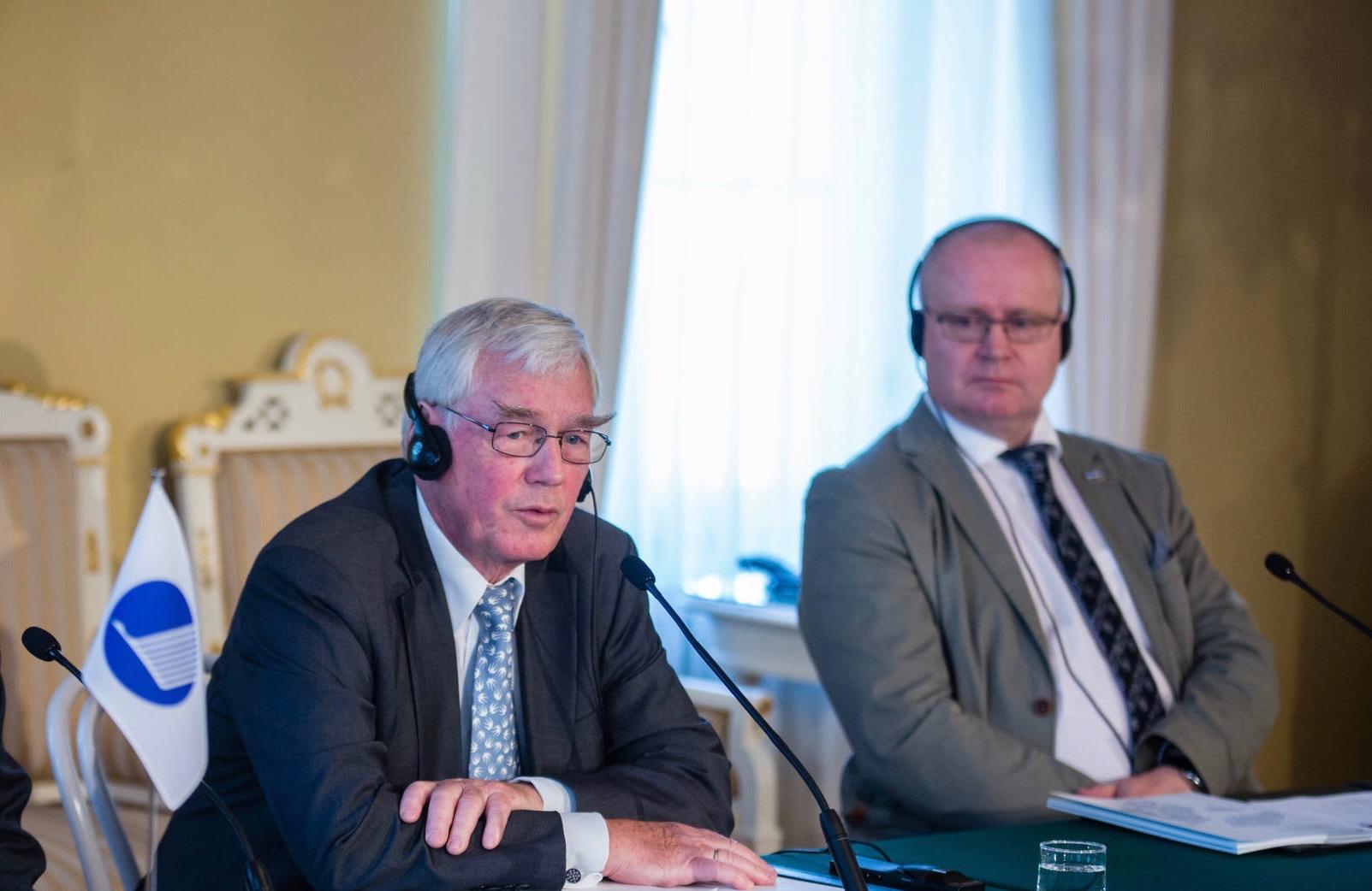 Poul Nielson: Gør voksen- og efteruddannelse obligatorisk i Norden