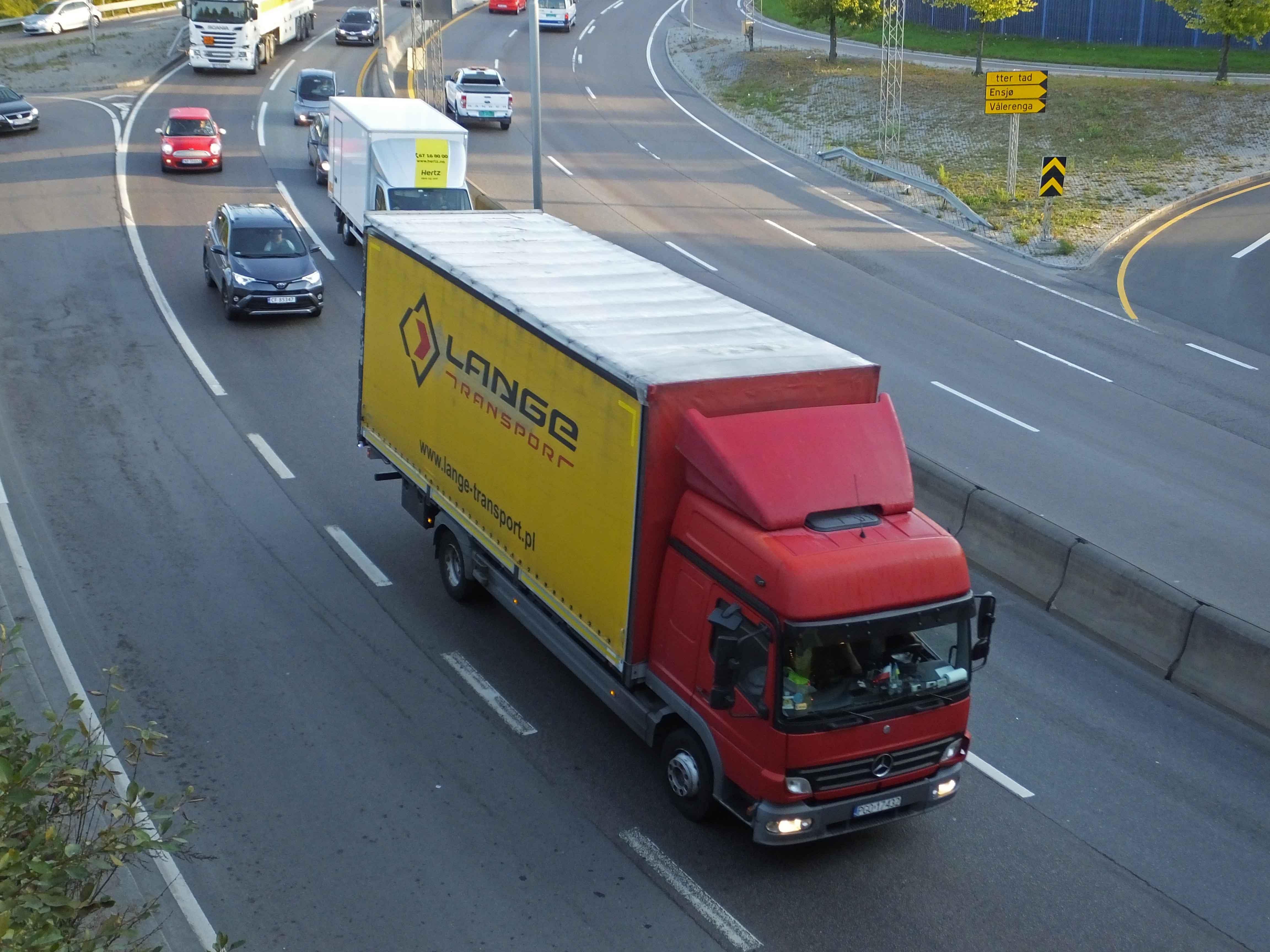 EU pressar på för att liberalisera vägtransporten