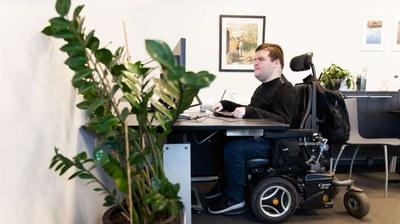Ny teknik inte tillräckligt för att stärka funktionshindrade i arbetslivet